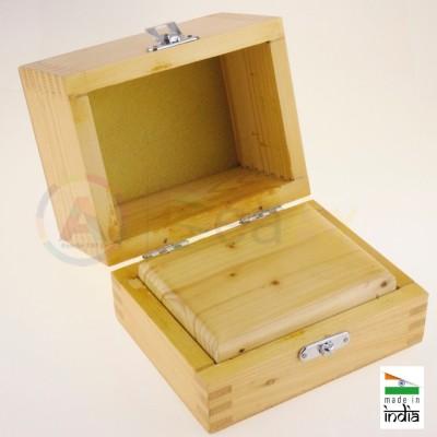 Scatola in legno a scompartimento singolo chiusura a scatto 130x105x105 mm AG0158-A