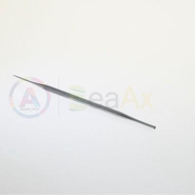 Punteruolo in acciaio con manico zigrinato 155 mm AG0104