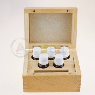 Scatola legno con pietra paragone 75x50x6 mm e flaconi vetro 5 pz 136x108x90 mm AG0151-A